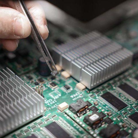 Photo entreprise composant électronique datacom